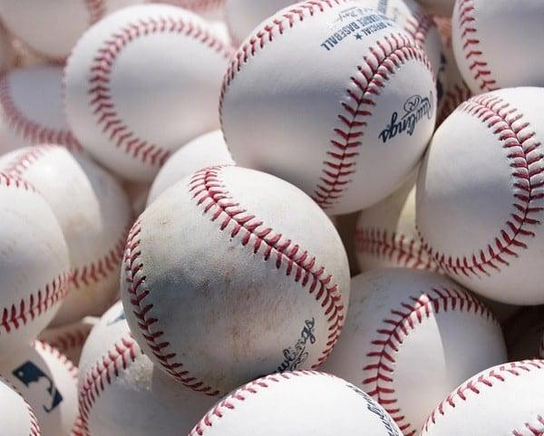 MLB bolas