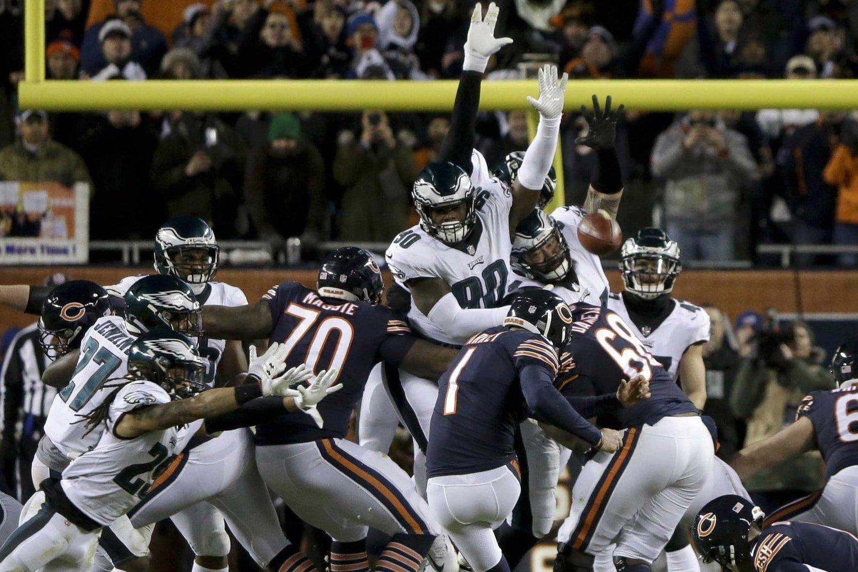 Cody Parkey, kicker do Chicago Bears, tem chute desviado contra o Philadelphia Eagles nos playoffs