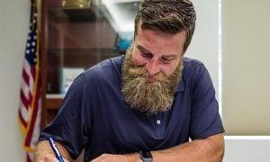 Ryan Fitzpatrick, quarterback do Miami Dolphins