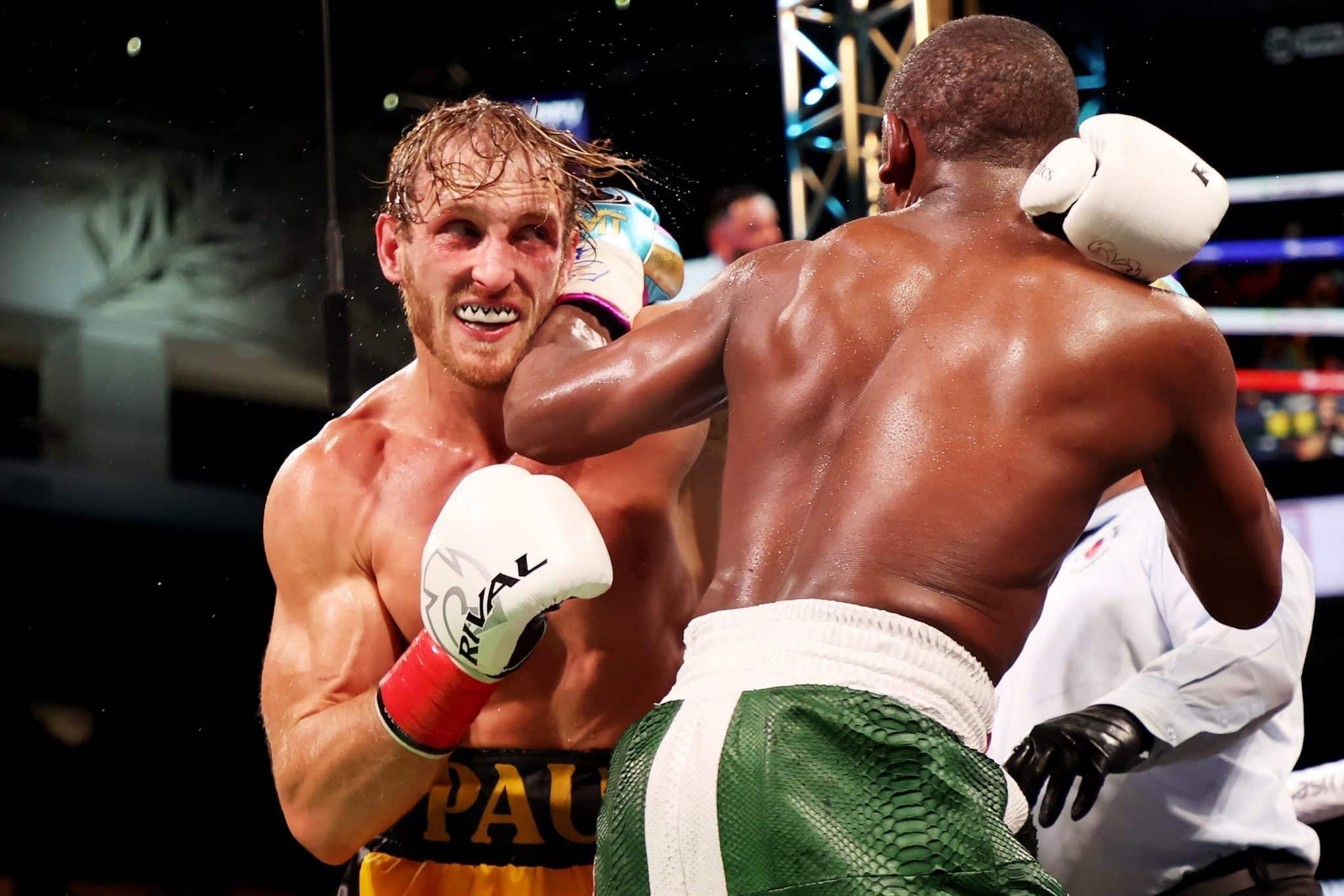 Anderson Silva vs Logan Paul